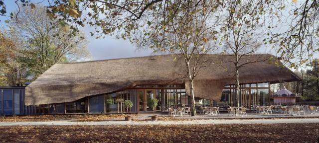 plaswijckpark rotterdam schuurarchitectuur rieten kap